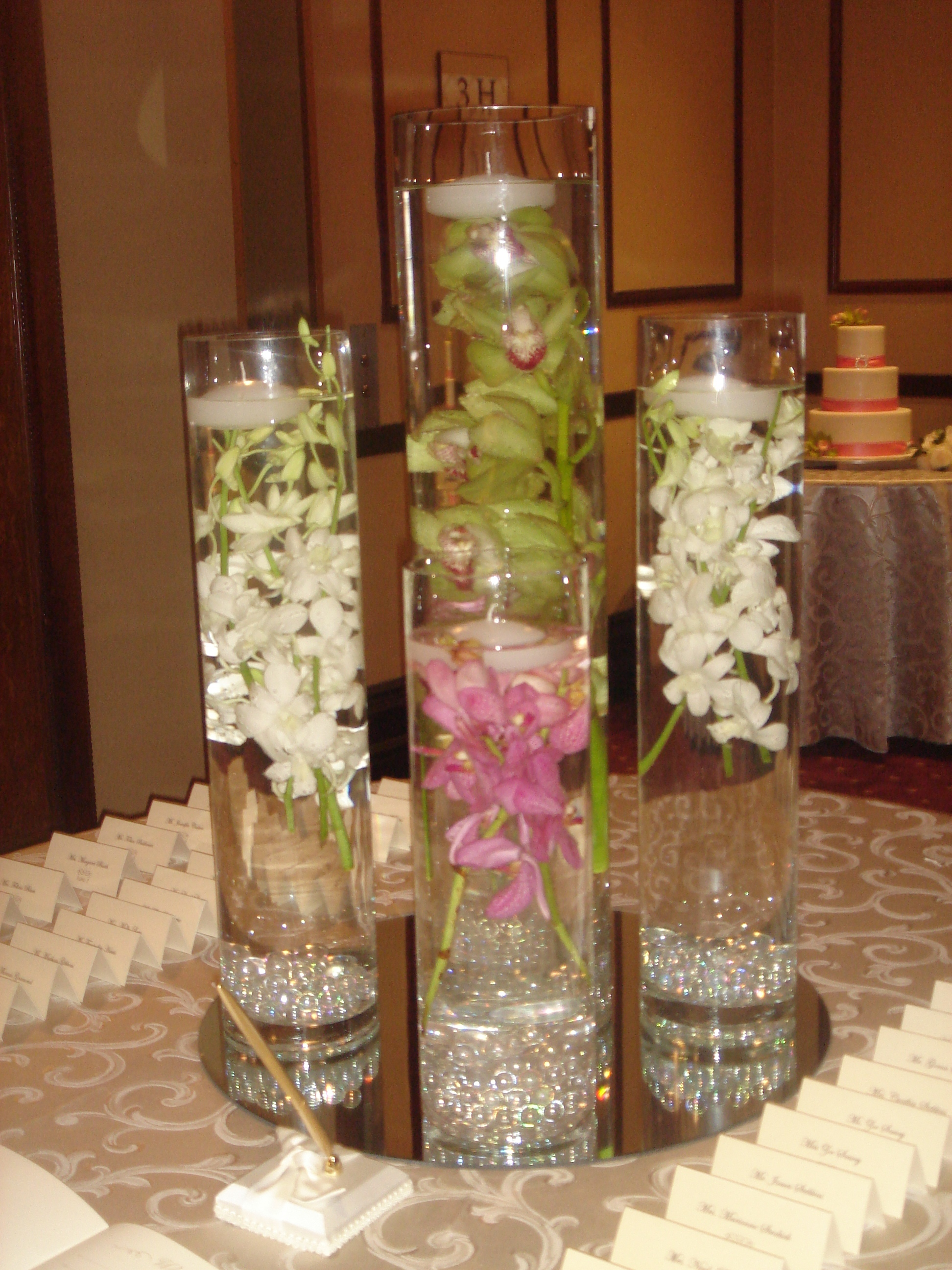 Centerpieces by bride blossom nyc 39 s only luxury for Modern centerpieces for tables